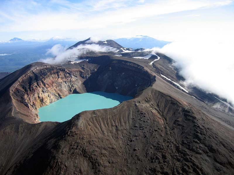 Вулкан Большой Семячик